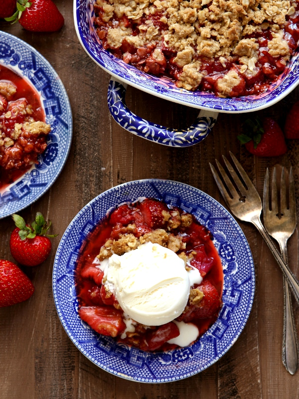 Strawberry, Raspberry and Rhubarb Crisp | completelydelicious.com