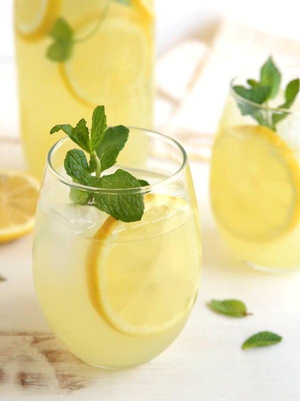 Ginger Lemonade | completelydelicious.com