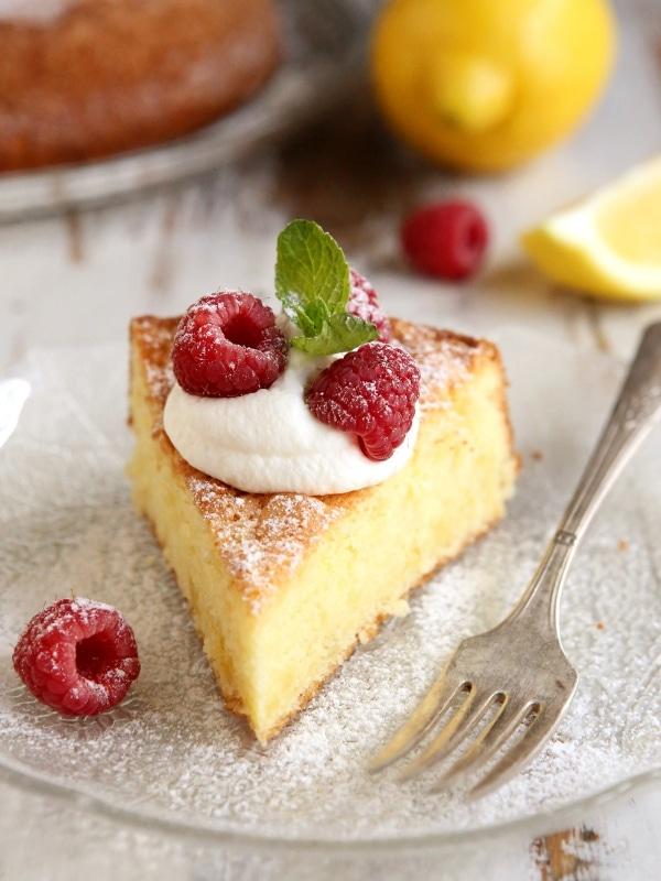 Olive Oil Sponge Cake Recipe