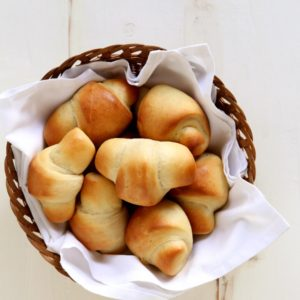 Crescent Dinner Rolls | completelydelicious.com