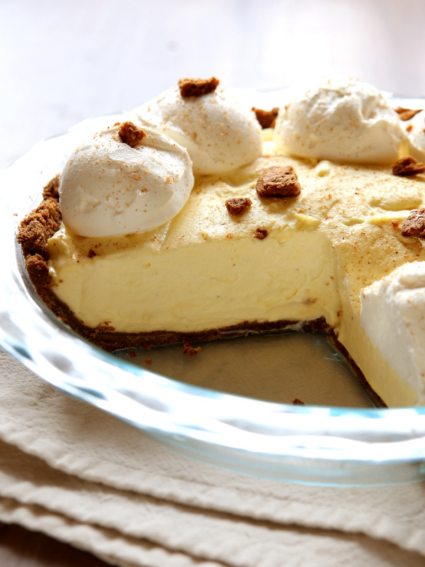 Eggnog Cream Pie with Gingersnap Crust - Completely Delicious