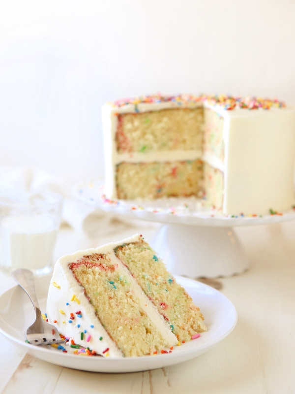 The Best Fluffy Vanilla Cake Recipe