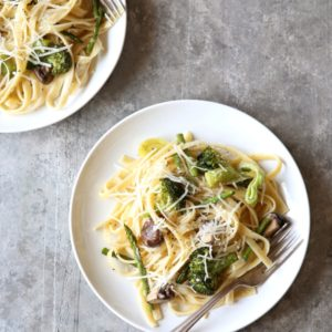 Roasted Vegetable and Asiago Fettuccini Alfredo | completelydelicious.com