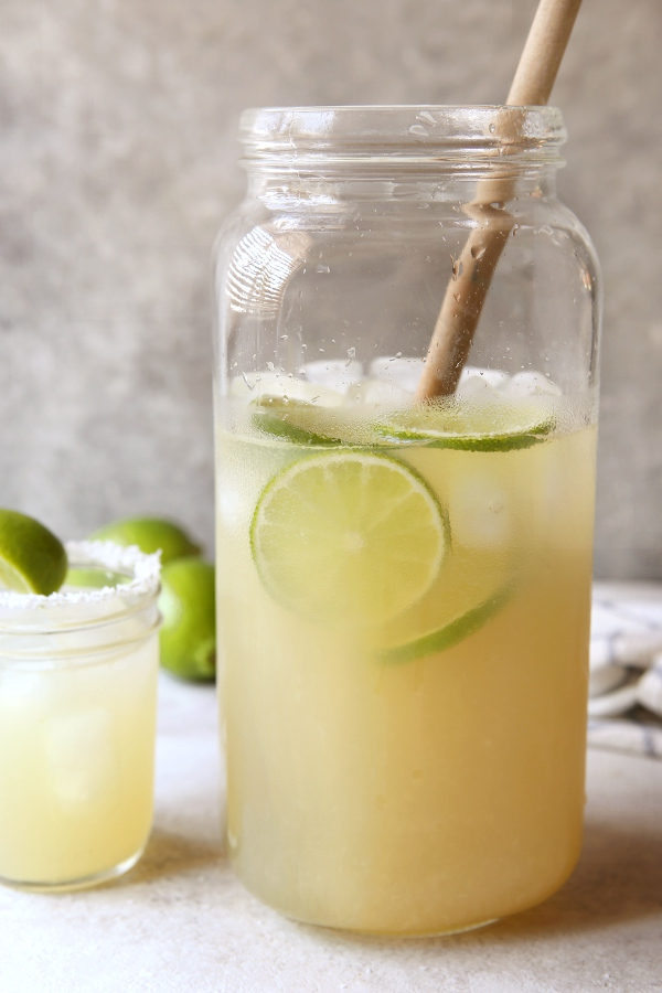 Tin Can Margaritas -- perfect for a crowd! | completelydelicious.com