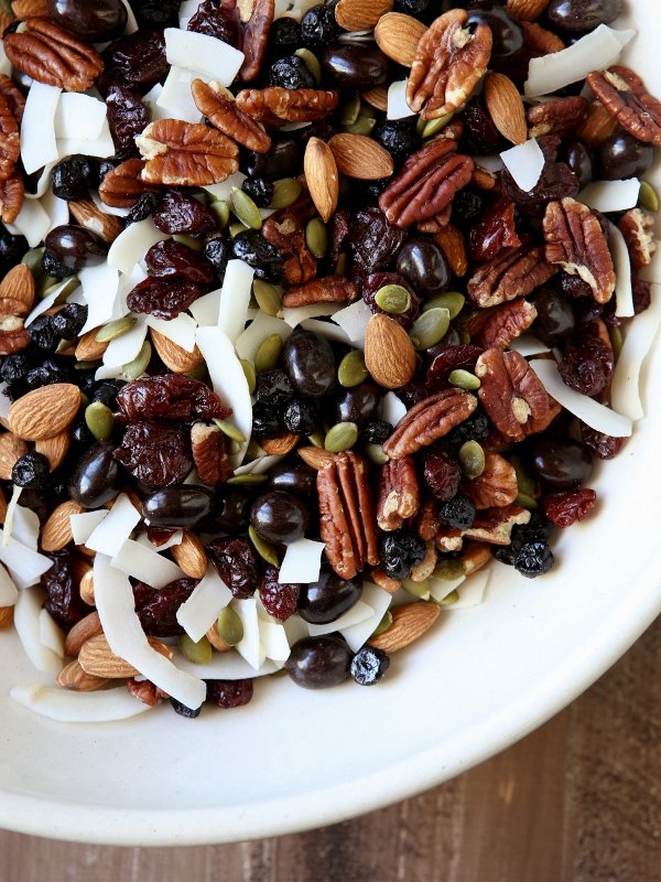 Energy Trail Mix | completelydelicious.com