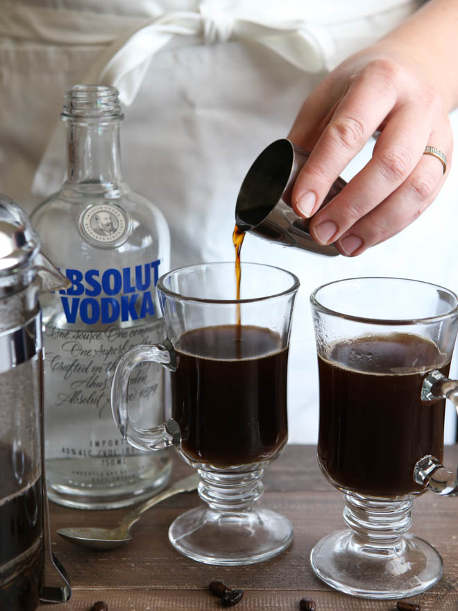 White Russian Mochas | completelydelicious.com