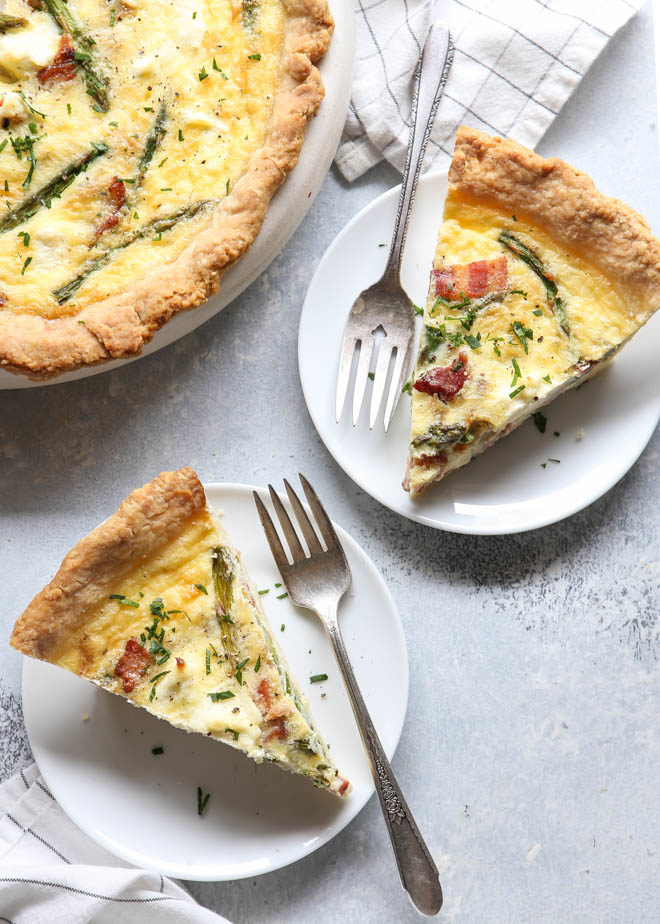 Slices of bacon, asparagus and cream cheese quiche