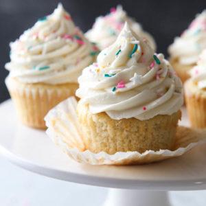 Soft and tender and super vanilla-y vanilla cupcakes!