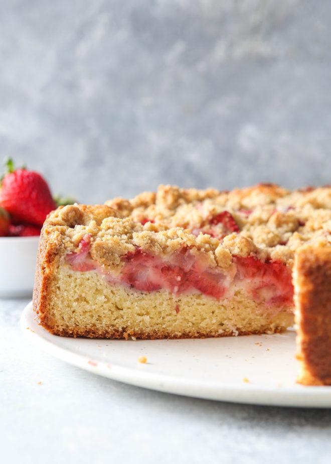 Strawberry rhubarb coffee cake with streusel topping