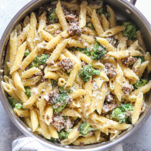 Easy one-pot sausage and broccoli pasta