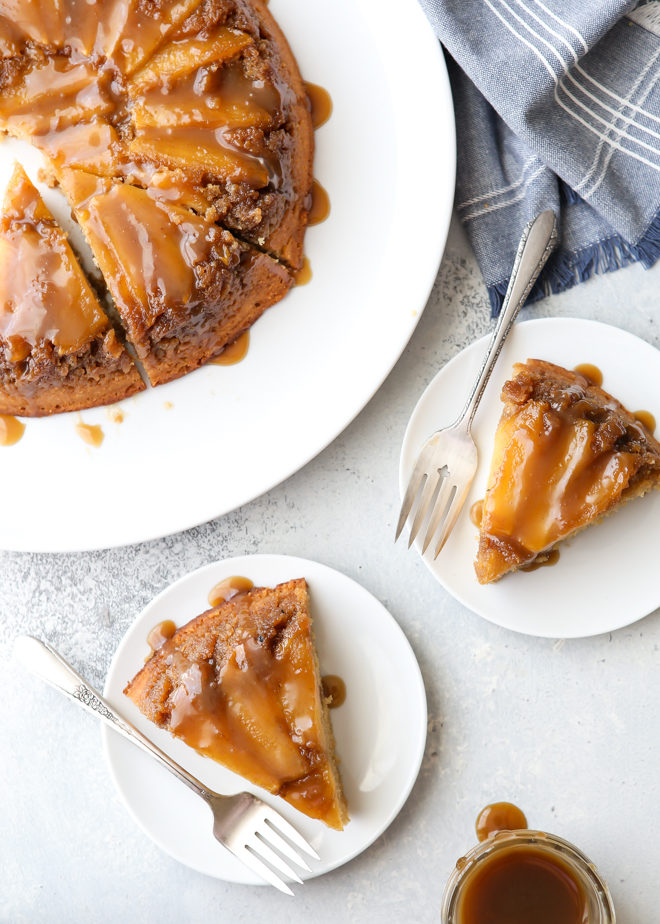 This caramel apple upside-down cake is perfect for fall!