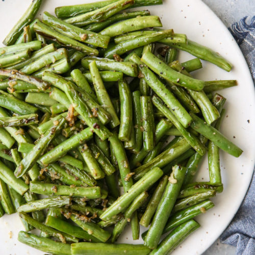 These simple and flavorful buttery garlic green beans are the perfect veggie side dish!