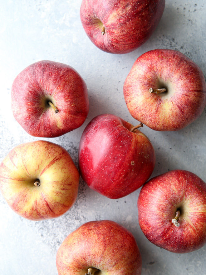 The best apples for baking are gala, honeycrisp, jonathan and jonagold