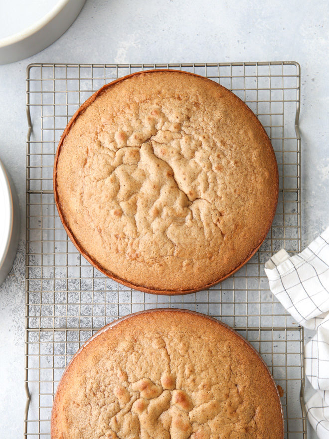 How to Keep Cake from Sticking to the Pan