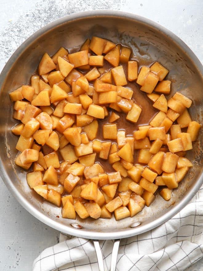 Juicy cinnamon apples for sourdough apple fritters