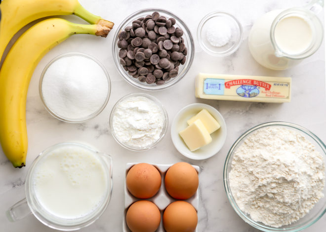 ingredients for chocolate bottom banana cream pie